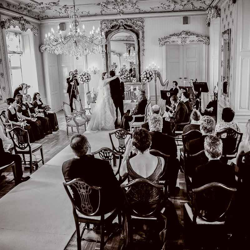 Bryllupsfotograf til magiske bryllupsbilleder