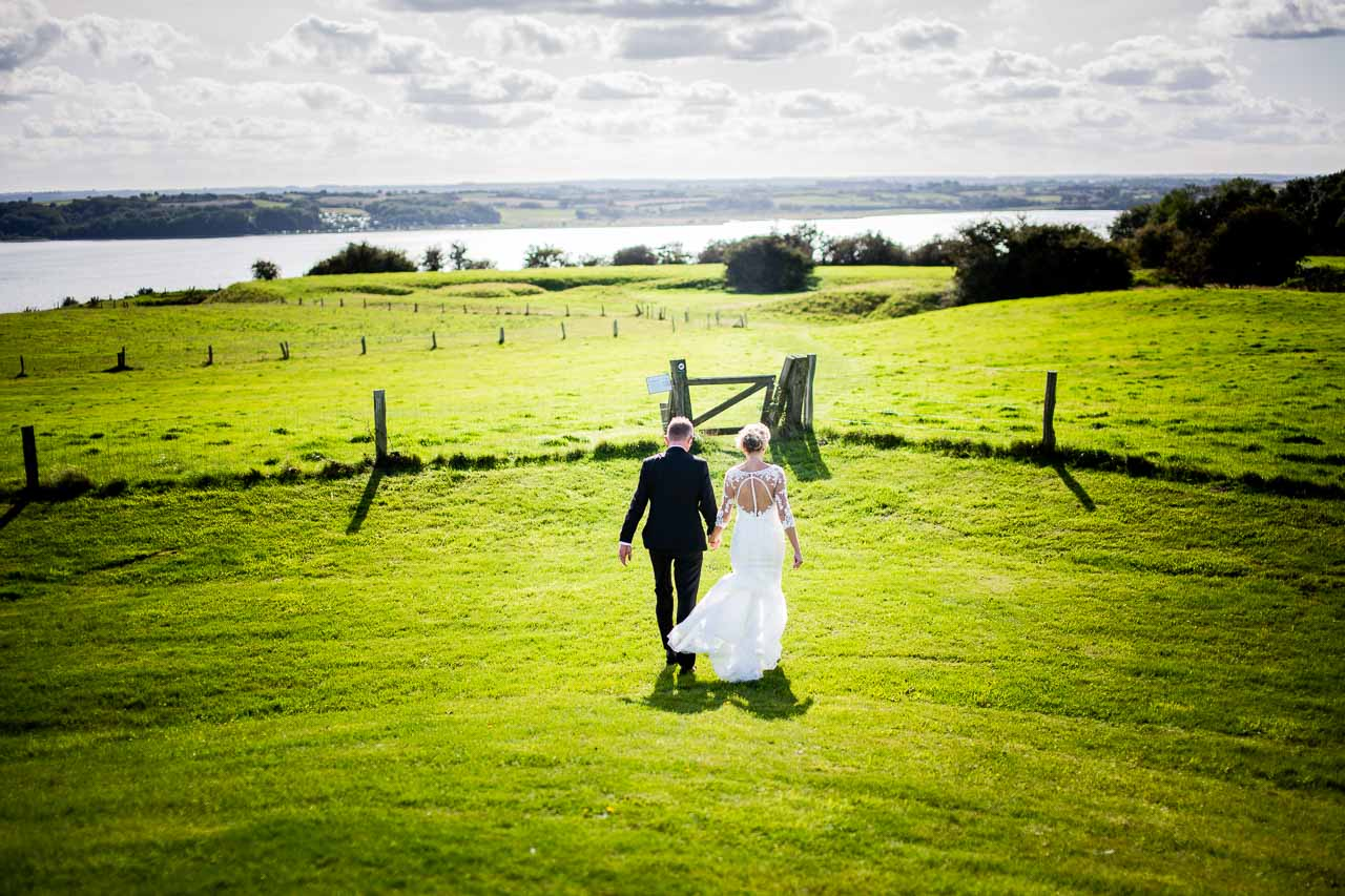 Bryllupsfotograf i Stavanger, Rogaland, og hele Norge. Wedding Photographer and Storyteller based in Norway, available worldwide